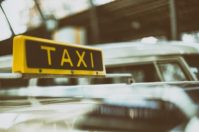 sluzhby-taksi-v-gruzii